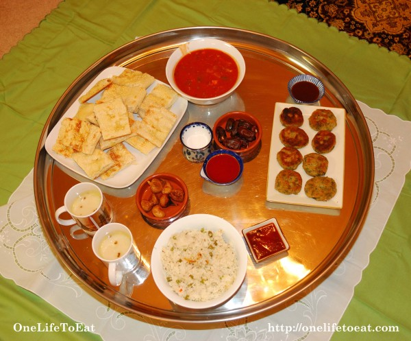 A typical Bohra thaal
